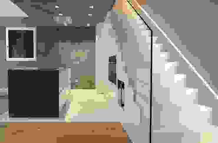 Modern Kitchen by V&V srl Modern