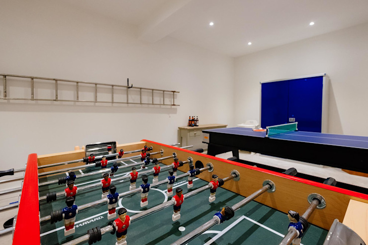 Treasure House, Polzeath | Cornwall Perfect Stays Dormitorios infantiles de estilo moderno