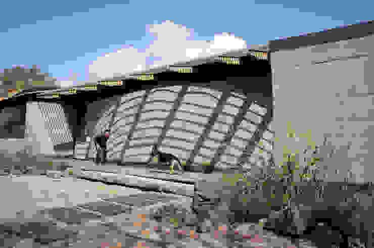 Casa Estudio Sabinos - Juan Carlos Loyo Arquitectura Casas modernas de Juan Carlos Loyo Arquitectura Moderno