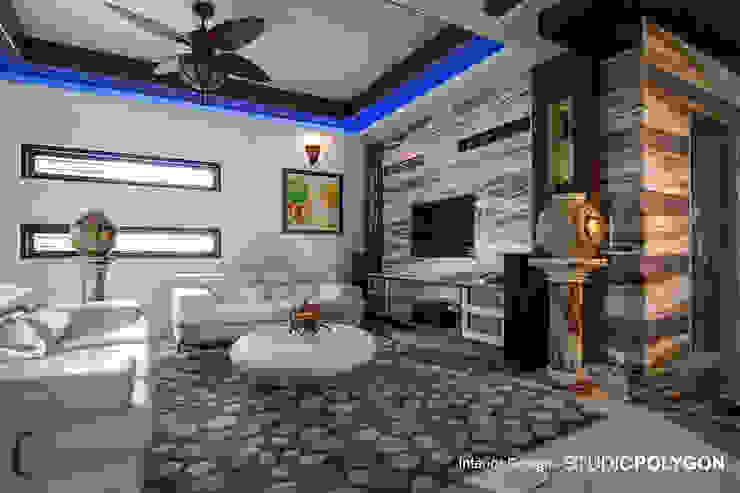 Living room: modern  by Studio Polygon,Modern