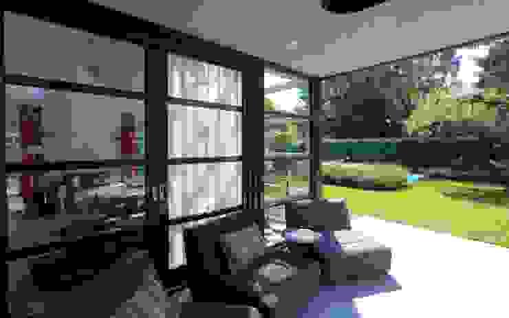 Jardines modernos de Stoop Tuinen Moderno