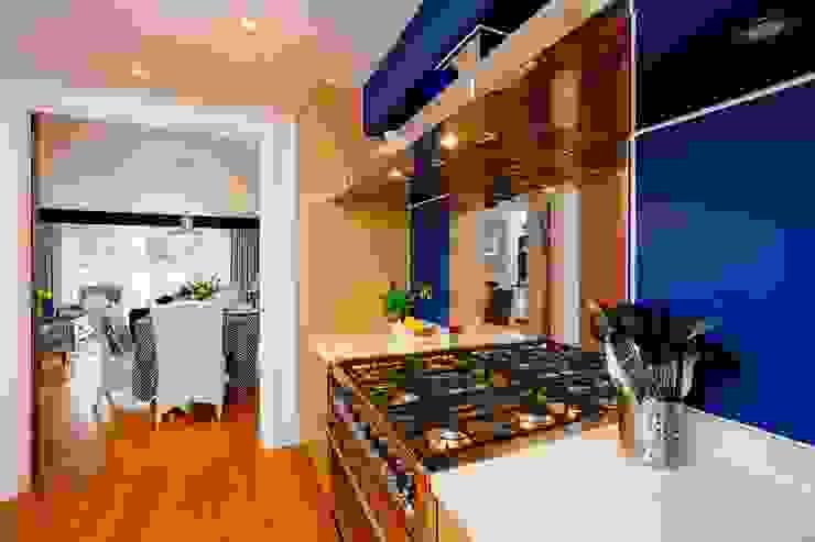 Blue Moorings, Dartmouth | Devon Perfect Stays Cocinas de estilo ecléctico