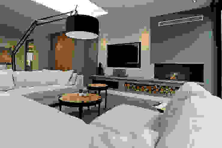 tuinkamer gedeelte aanbouw Moderne woonkamers van robin hurts architect Modern