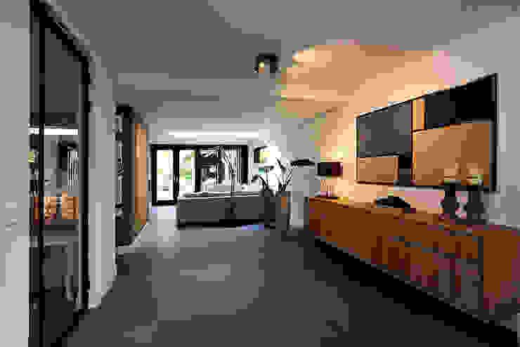 woonkamer entree Moderne woonkamers van robin hurts architect Modern
