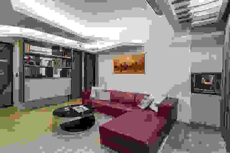 玄關 現代風玄關、走廊與階梯 根據 Green Leaf Interior青葉室內設計 現代風