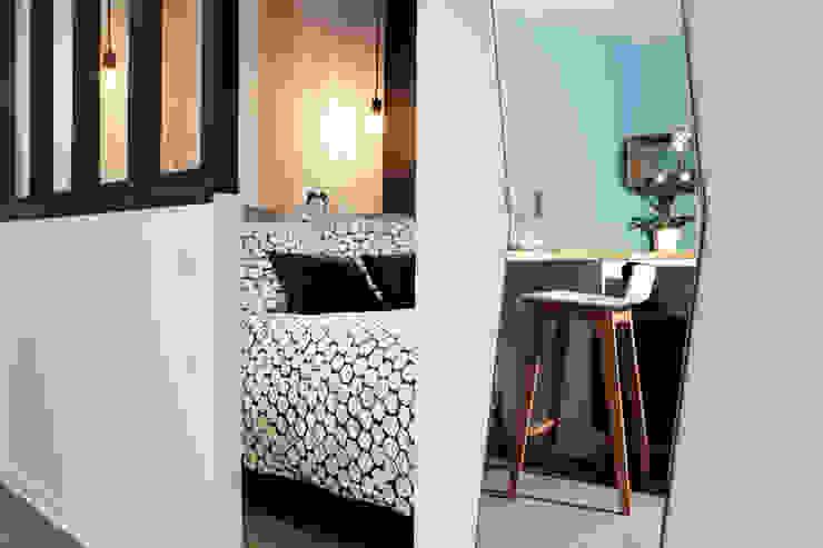 Scandinavian style bedroom by MadaM Architecture Scandinavian