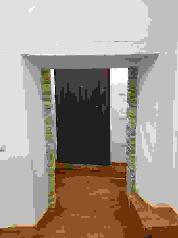 Studio Angius - Pisano Corridor, hallway & stairsAccessories & decoration