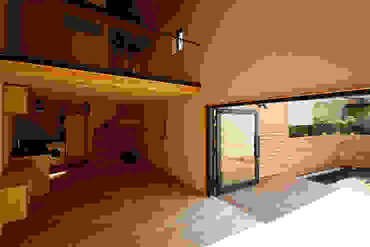 すわ製作所 Eclectic style living room Wood