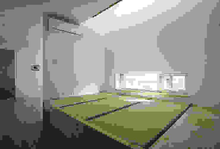 논현동 다가구주택: 비온후풍경 ㅣ J2H Architects의  다이닝 룸