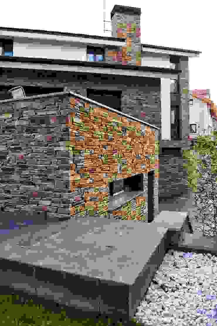 Nowoczesne domy od Intra Arquitectos Nowoczesny