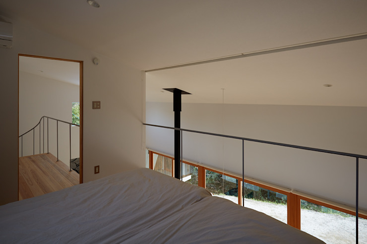 Modern style bedroom by toki Architect design office Modern Wood Wood effect
