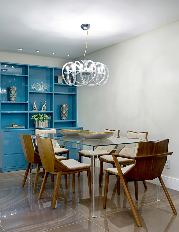 Eclectic style dining room by Milla Holtz & Bruno Sgrillo Arquitetura Eclectic