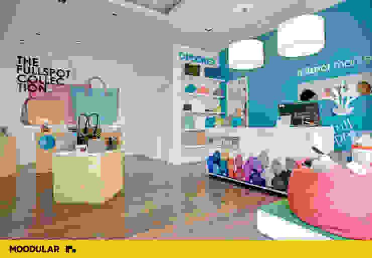 Moodular - Full Spot Centros Comerciais modernos por MOODULAR Moderno