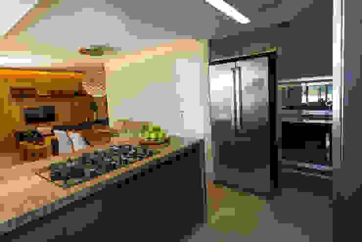 Cozinha Americana e Sala de Jantar Cozinhas ecléticas por Designare Ambientes Eclético