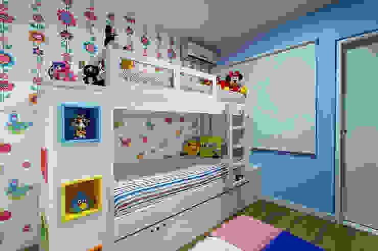 Quarto meninas Milla Holtz & Bruno Sgrillo Arquitetura Quarto infantil eclético Multi colorido