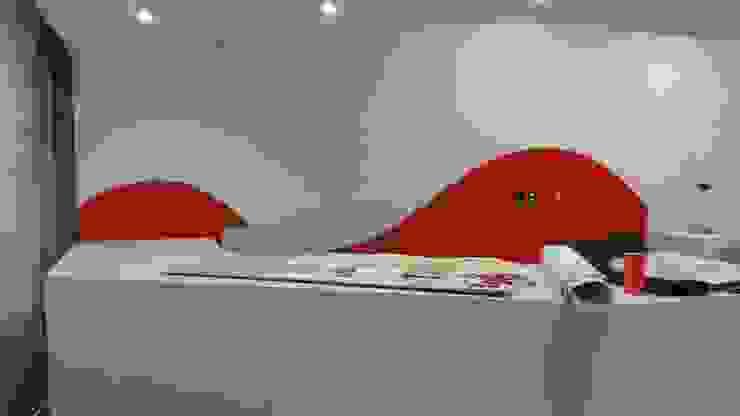 Decoración Centros comerciales de estilo minimalista de M4X Minimalista Tablero DM