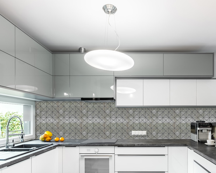 Kitchen by Elalux Tile, Modern Iron/Steel