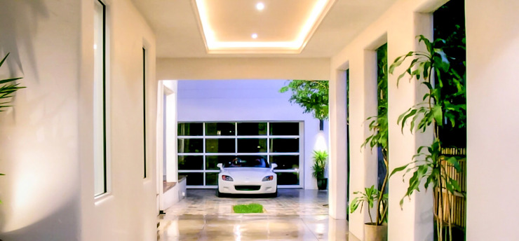 Organic Modern Modern Garage and Shed by Jaju Design & Development Modern