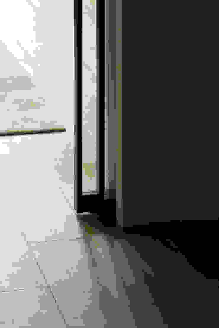 Pocket Sliding Door Modern style bedroom by Sensearchitects_Limited Modern Wood Wood effect