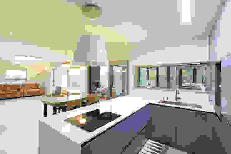 by 주택설계전문 디자인그룹 홈스타일토토 Modern Wood Wood effect