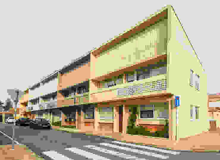 Vista exterior Casas modernas por Franca Arquitectura Moderno