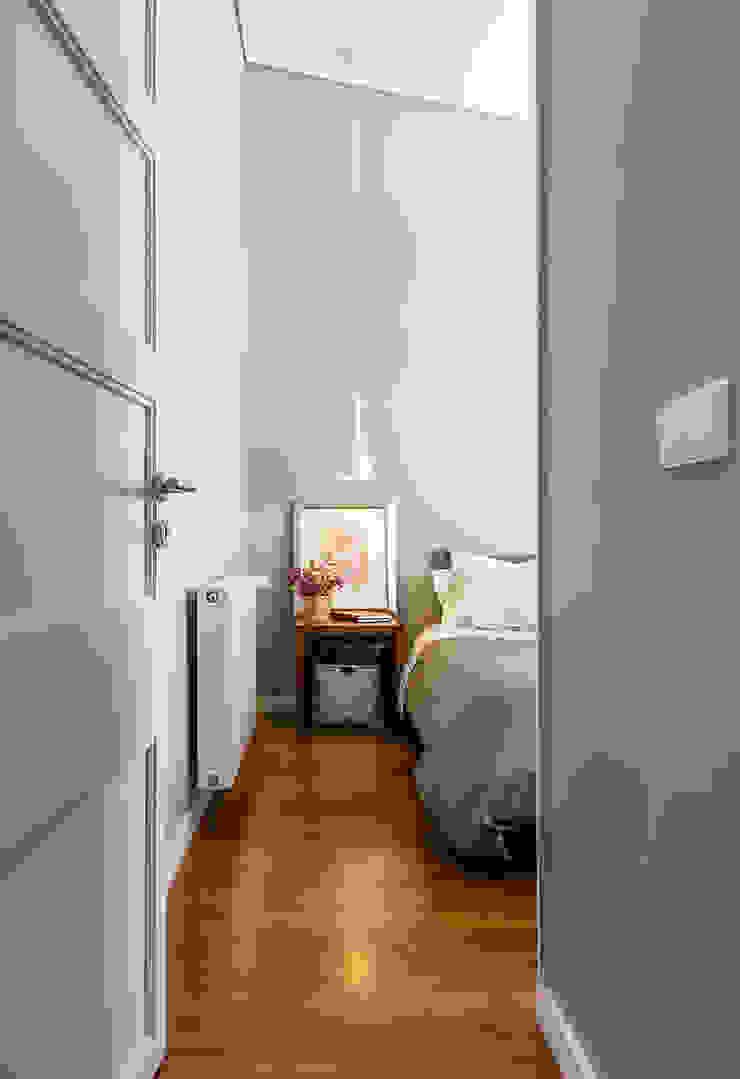 Quarto suíte Quartos modernos por Franca Arquitectura Moderno