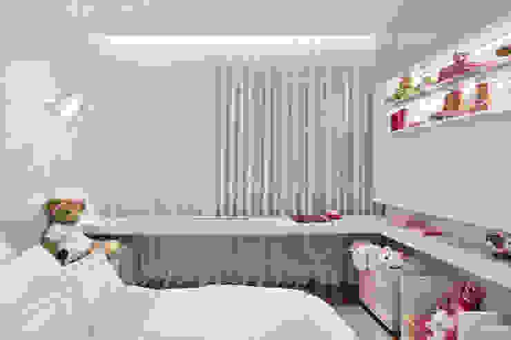 غرفة الاطفال تنفيذ Alessandra Contigli Arquitetura e Interiores, حداثي