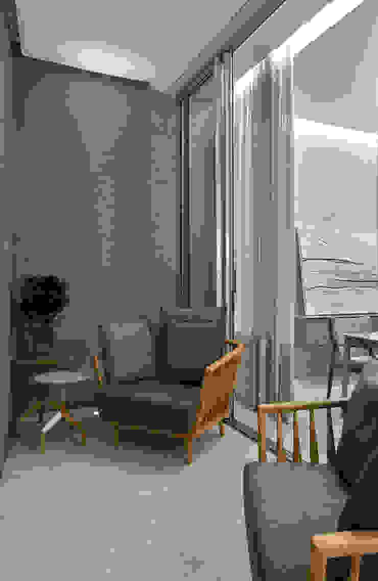 Varanda Gourmet Varandas, alpendres e terraços modernos por Alessandra Contigli Arquitetura e Interiores Moderno