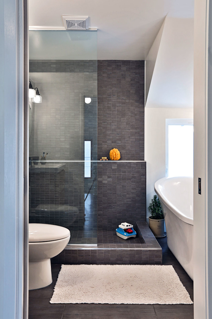 SV Modern Bathroom Modern style bathrooms by Unit 7 Architecture Modern