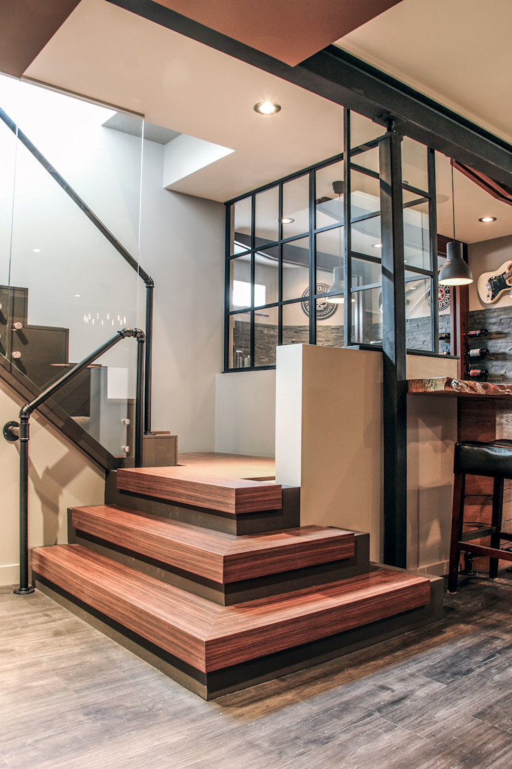 Bell Interiors industrial style corridor, hallway & stairs. by Unit 7 Architecture Industrial