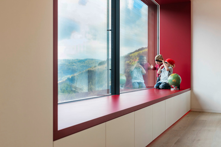 Cloud Cuckoo House Modern Living Room by ÜberRaum Architects Modern