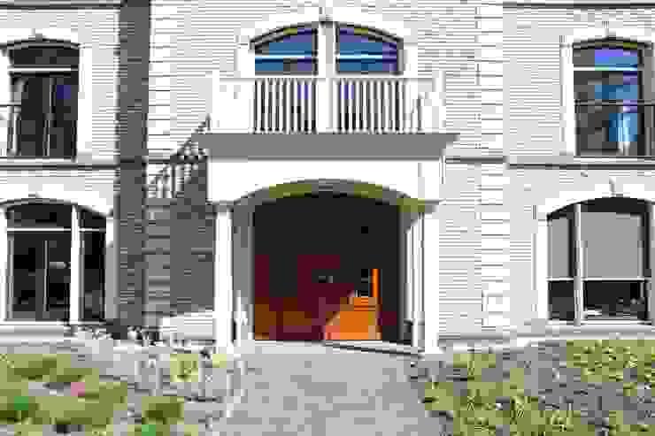 De entree Klassieke gezondheidscentra van OX architecten Klassiek