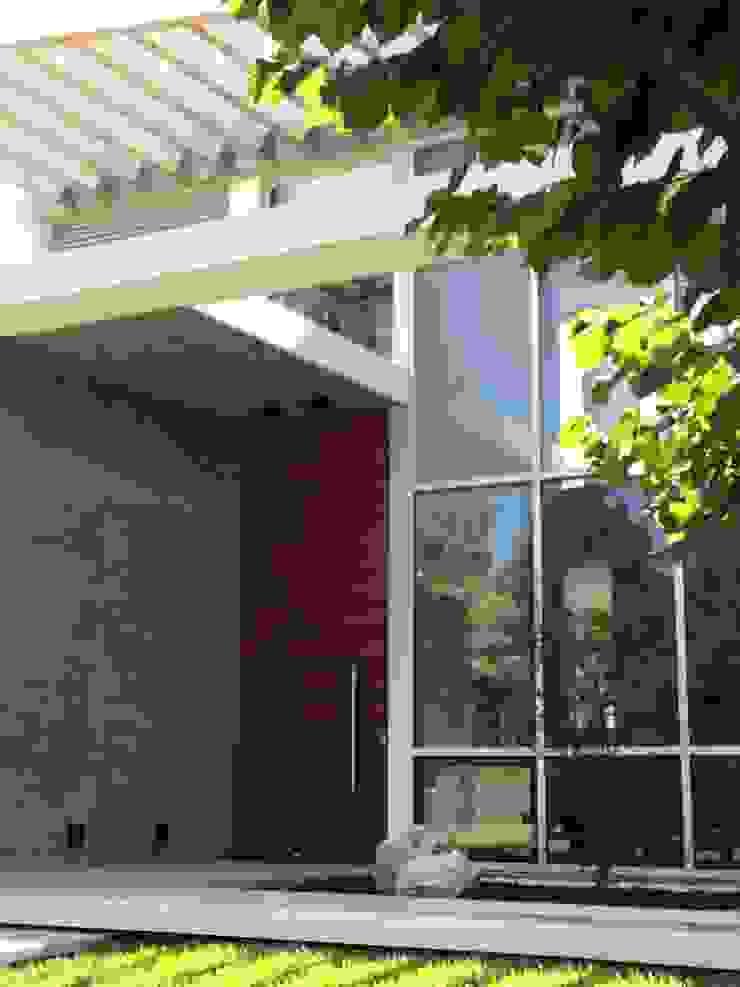kc 320 Casas modernas de costa & valenzuela Moderno