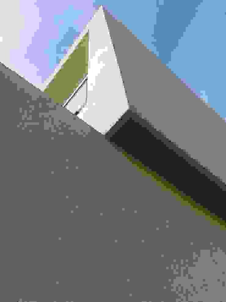 M048 Casas modernas de costa & valenzuela Moderno