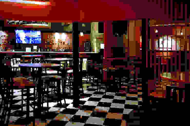 Bars & clubs rustiques par Habitá Estudio Creavtivo Rustique