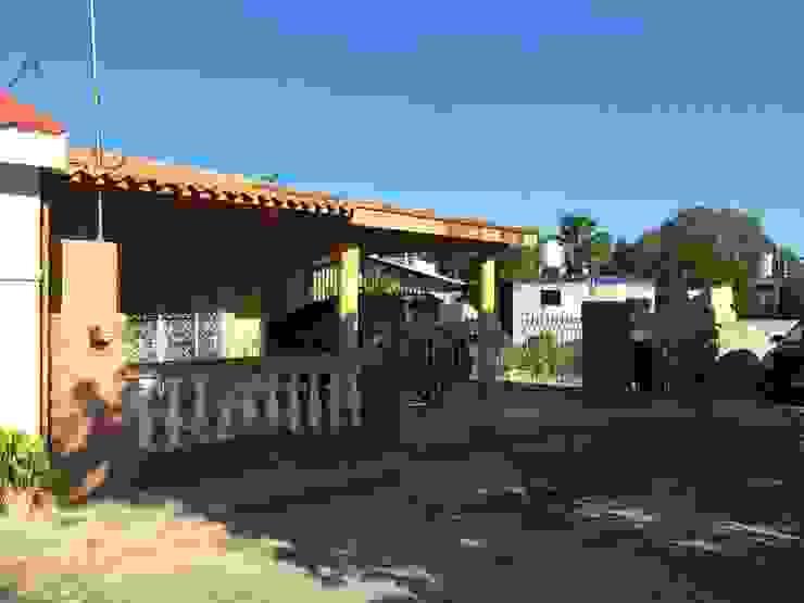 Rumah Minimalis Oleh Constructora Asvial - Desarrollador Inmobiliario Minimalis Beton