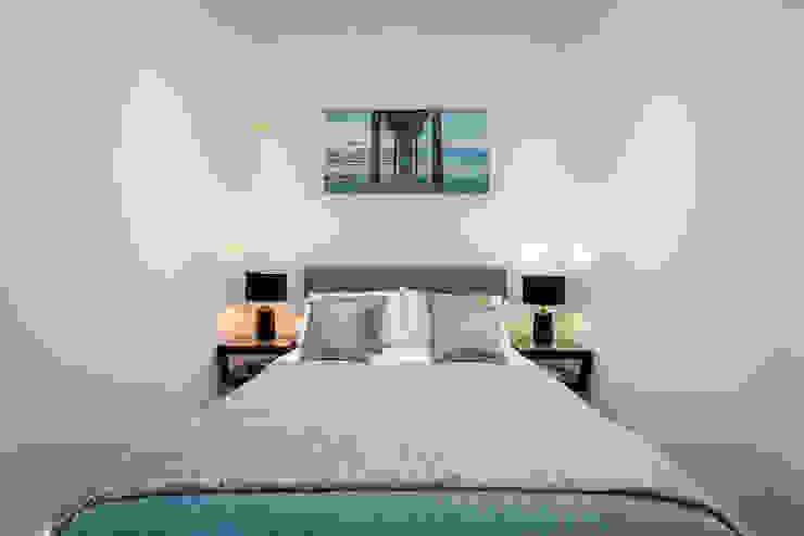Modern Studio Apartment in London Modern Bedroom by homify Modern
