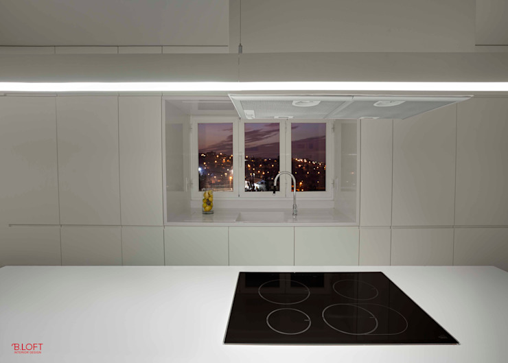 Pormenor ilha Cozinhas modernas por B.loft Moderno