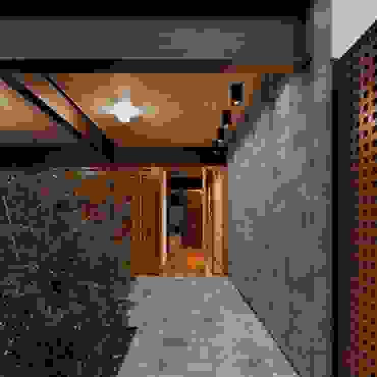 Portobello Shop Bauru Tropical style conservatory