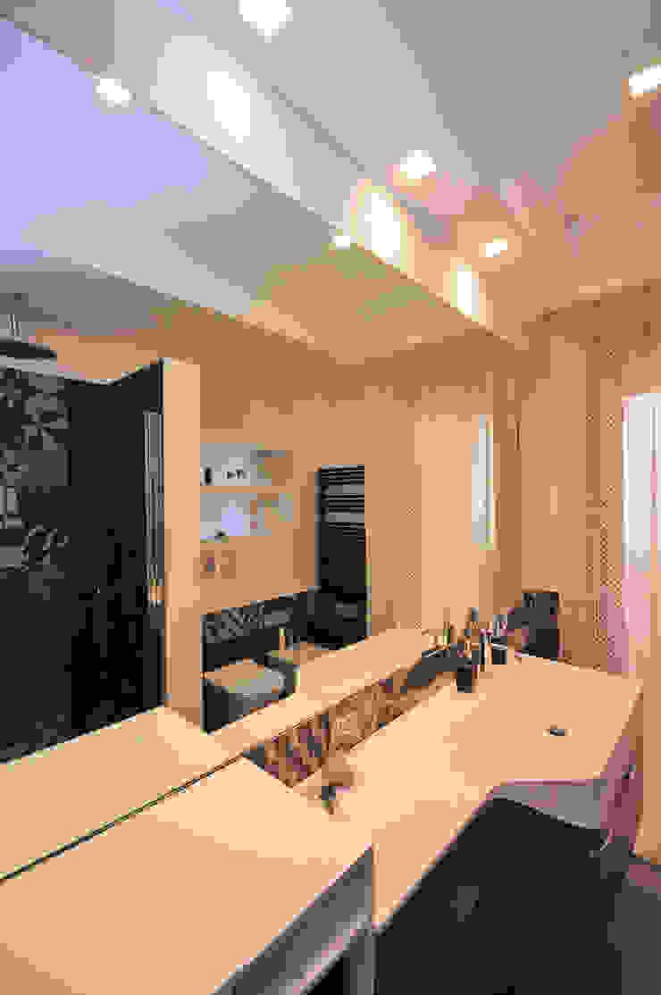 Bagno Bathroom Fabiola Ferrarello ห้องน้ำ กระเบื้อง Black