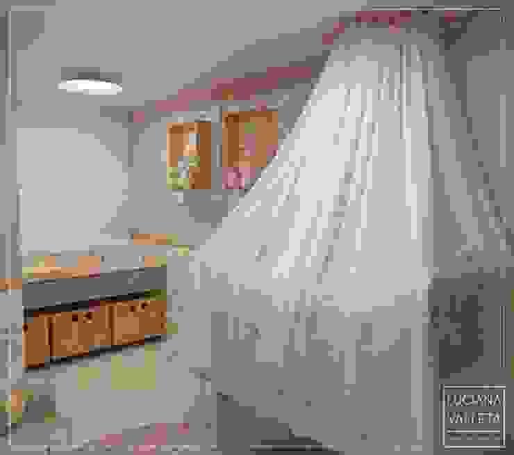 LUCIANA VALLETA - Arquitetura e Interiores Дитяча кімната Рожевий