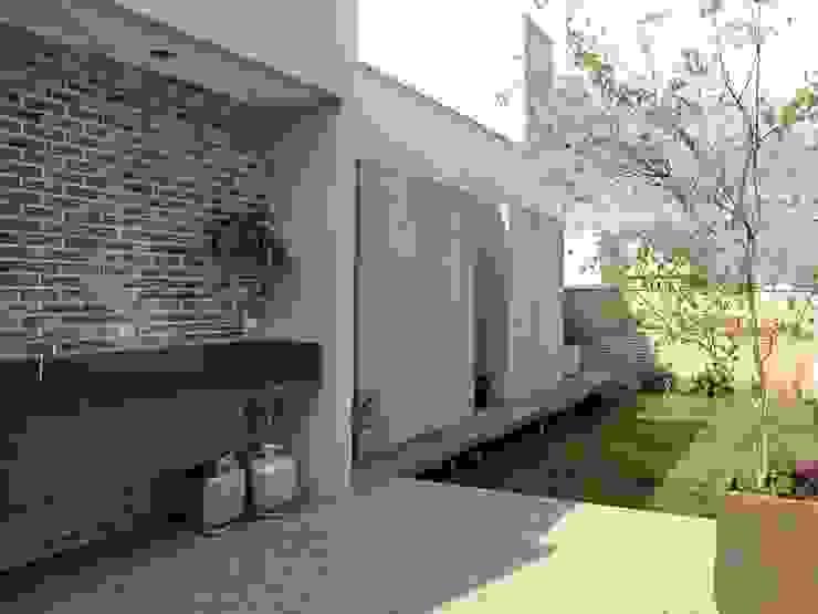 Jardines de estilo moderno de Cia de Arquitetura Moderno
