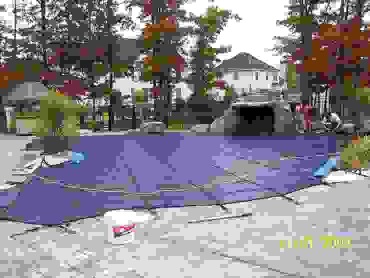 Instalación de la cubierta de Seguridad durante el invierno. de Avel Benapi Services, dba, ABS Pool Patrol