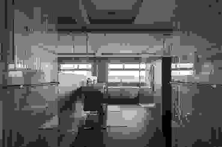 modern  by 行一建築 _ Yuan Architects, Modern