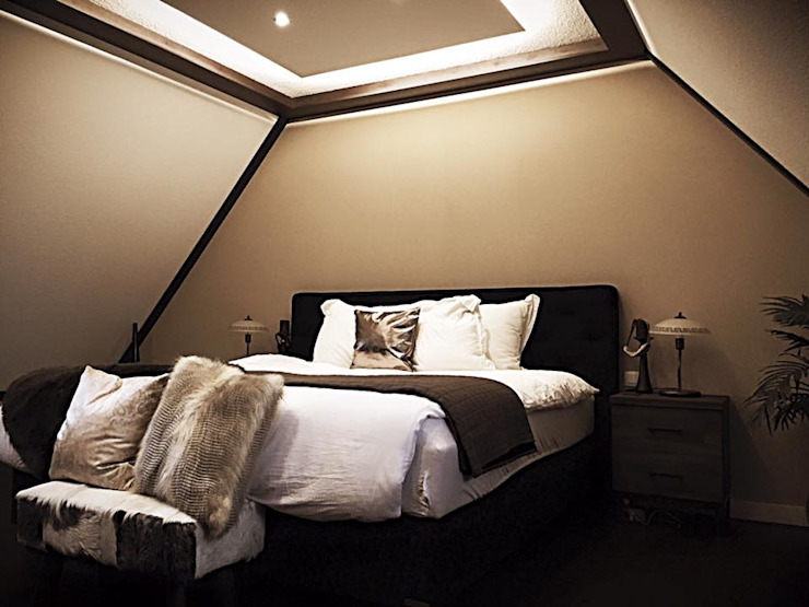 Luxe slaapkamer Classic style bedroom by Sooph Interieurarchitectuur Classic Wood Wood effect