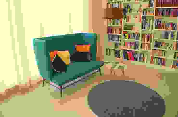 Modern Living Room by Atelier Feynsinn | Innenarchitektur Modern