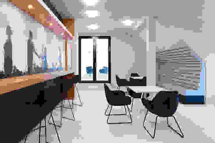 Bistro boehning_zalenga koopX architekten in Berlin Moderne Bürogebäude