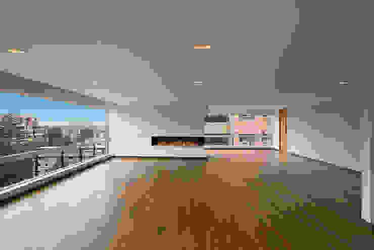 Salas modernas de homify Moderno