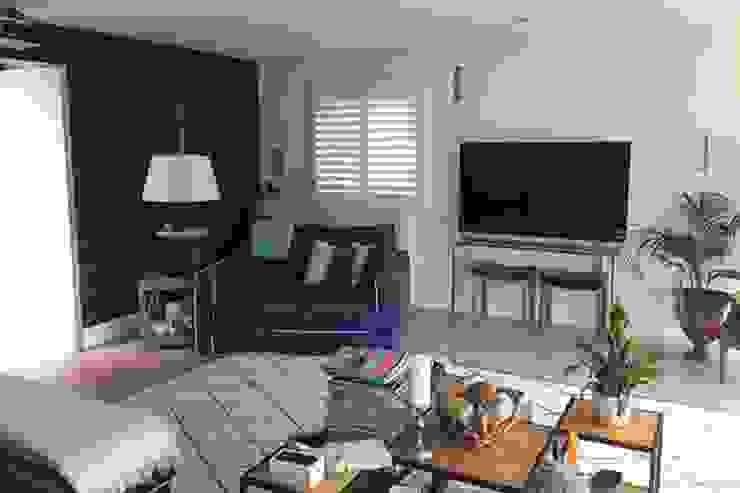 Mixed Photos Mediterranean style living room by Plantation Shutters Ltd Mediterranean