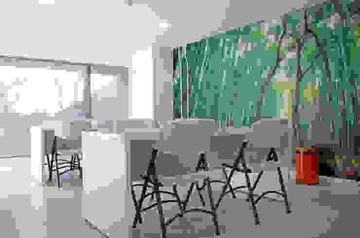 Plus Industrial de Naritelli-Bravo Arquitectos Moderno Concreto